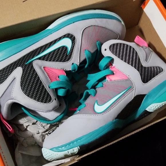 huge discount 5a319 3006f Lebron 9 Grey Pink. M 5bc5803efe515112538fd15f